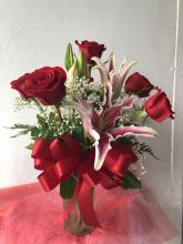 1/2 Dozen Roses with Lilies